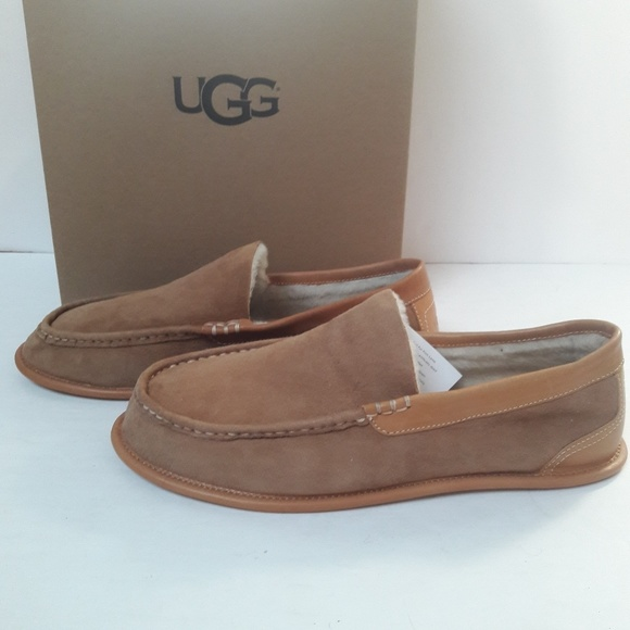 e6c8030f8bc New UGG Limited Edition Men's Slippers Size 12 NWT
